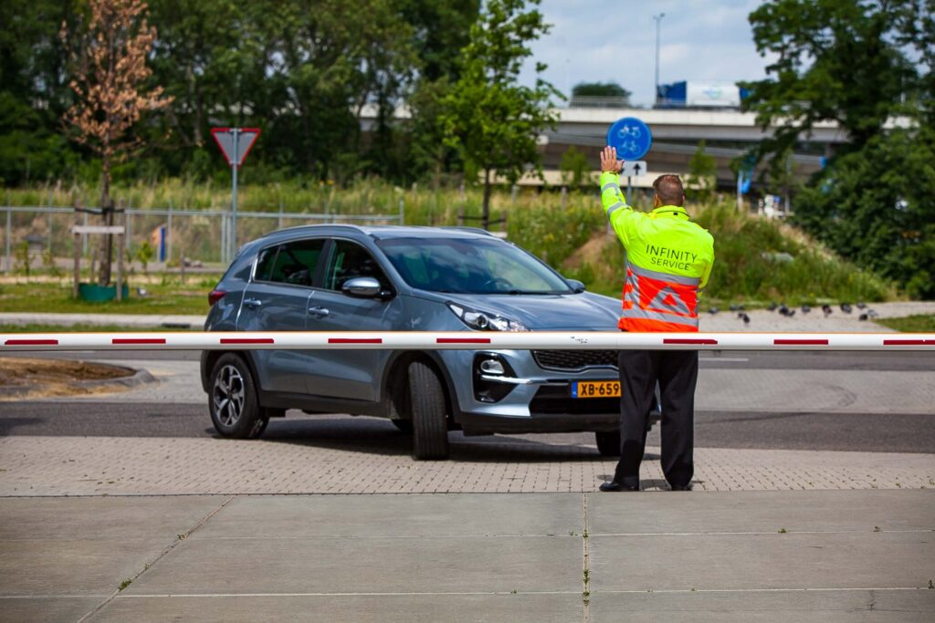Limburg Beveiliging | Altijd Paraat | Meer dan 25 jaar ervaring